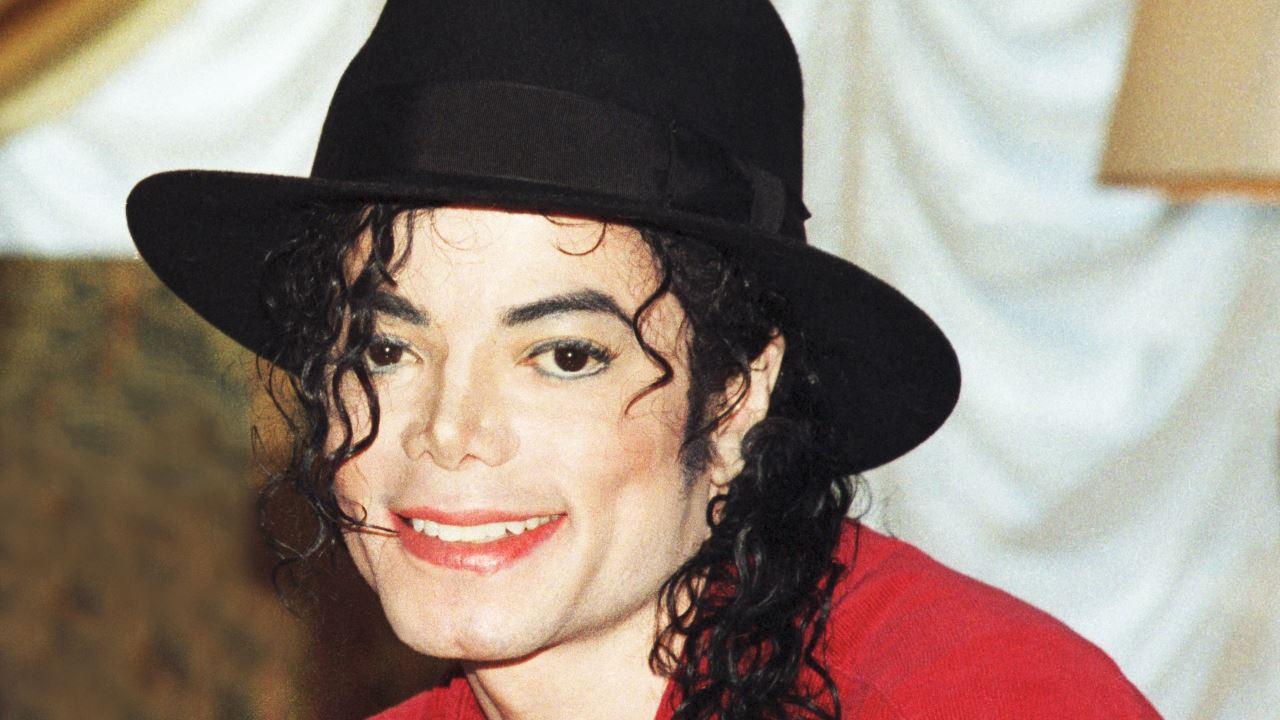 Michael Jackson estaria com medo de perder o nariz