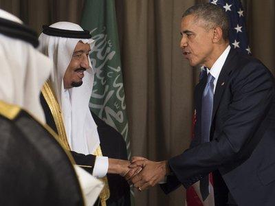 Obama é recebido com máximas honras na Arábia Saudita
