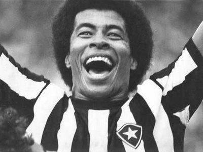 Jogador Jairzinho é homenageado no Rio