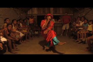 Quilombolas de Salvaterra recebem documentário Terra de Negro