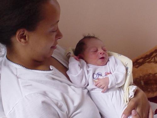 Maternidade mata uma mulher por minuto