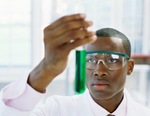 Situação do negro no mercado de trabalho é tema de debate na CDH