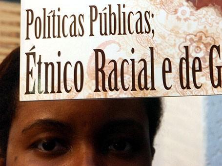 Racismo leva aposentado para a cadeia