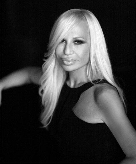Donatella Versace fala sobre cotas para negros em desfile e elogia Lenny Niemeyer