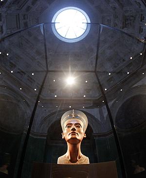Nefertiti: Museu alemão que abriga rosto feminino mais bonito da história reabre suas portas