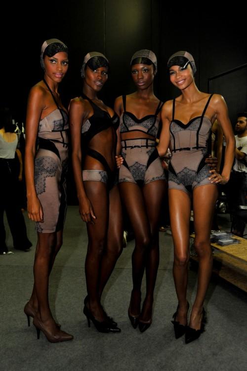 SPFW: Black is so beautiful: o estonteante casting de modelos negras do desfile da Rosa Chá