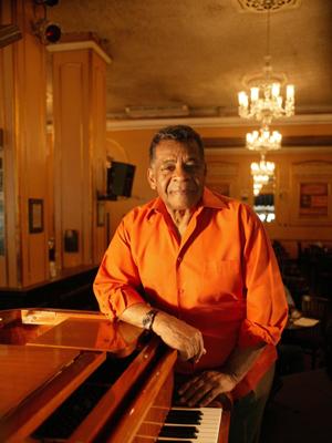 Morre aos 80 anos o cantor Johnny Alf,  precursor da bossa nova