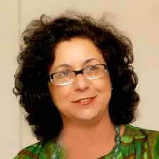 Entrevista com Sonia Fleury sobre as políticas brasileiras atuais e seus impactos na vida das crianças