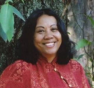 17/11 - Antropóloga Heloísa Pires fala sobre elo cultural afro-brasileiro