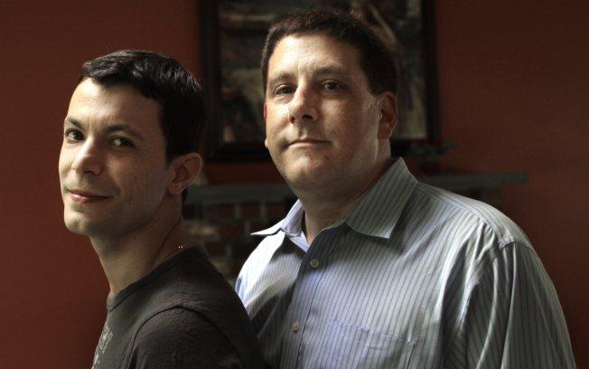 EUA podem deportar homossexual brasileiro casado com americano
