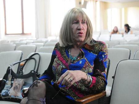 Associação de travestis do RS  recebe ameaças de skinheads