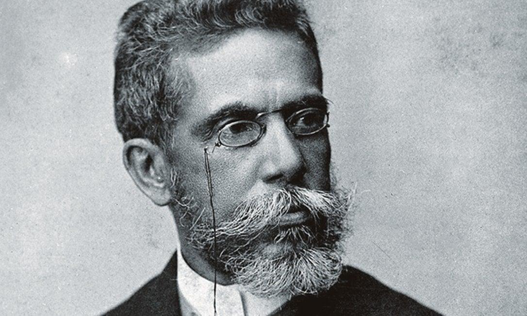 Machado de Assis produziu de tudo: romances, crônicas, crítica, poesia, teatro e contos. (Foto: Juan Gutierrez / Fundação Biblioteca Nacional)