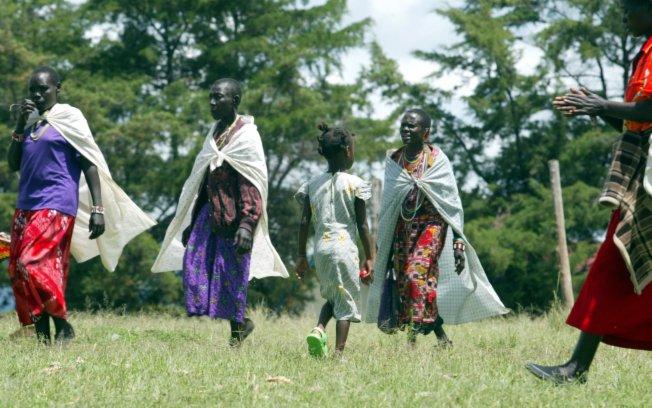 Nos EUA, meninas africanas relembram dor da circuncisão