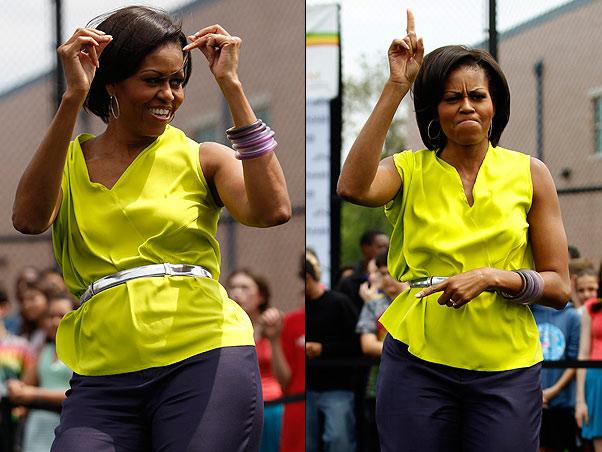 Michelle Obama cai na dança ao som de Beyoncé em visita a escola americana