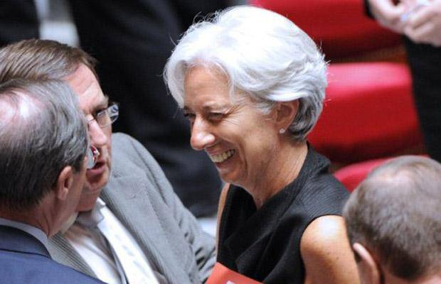 Christine Lagarde é escolhida como a nova diretora-gerente do FMI
