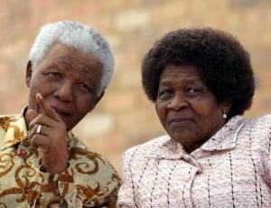 Morre Albertina Sisulu, ícone do movimento anti-apartheid