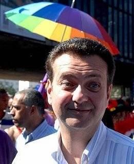 SP: Kassab confirma veto a projeto do Dia do Orgulho Hétero