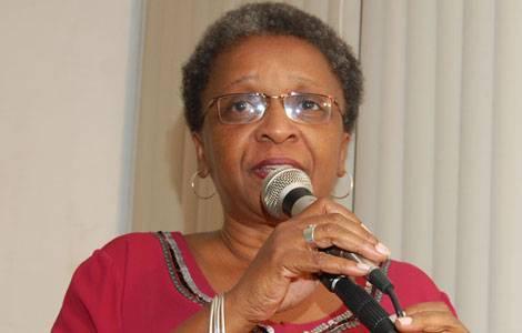 Ministra Luíza Bairros - A prioridade de sua Secretaria é o combate à mortalidade de jovens negros