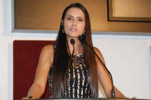Para Solange paridade de gêneros é mais um avanço do PT Nacional rumo à igualdade de direitos