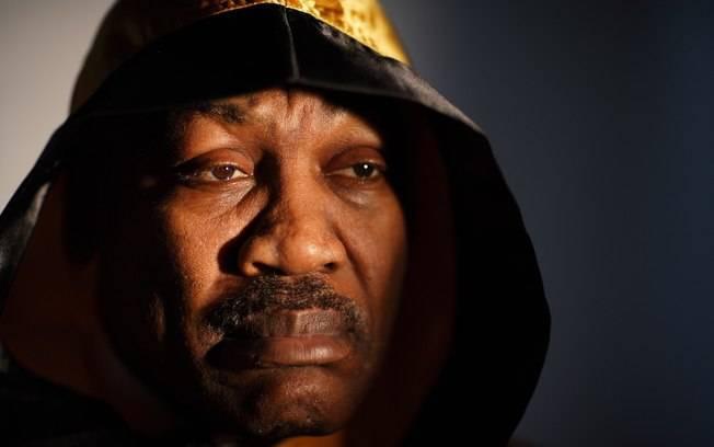 Morre Joe Frazier, 1º pugilista a vencer Muhammad Ali
