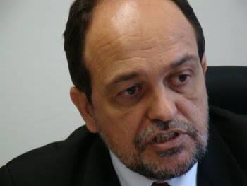 Walter Pinheiro quer aprofundamento de políticas de combate ao racismo