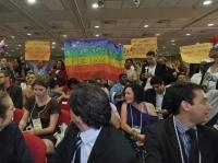 Militantes defendem a criminalização da homofobia durante conferência nacional