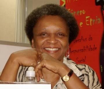 Combate ao racismo é objetivo a ser perseguido, diz ministra luiza bairros no bom dia, ministro