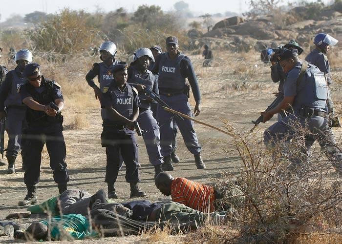 Confronto com policiais deixa 36 mineiros mortos na África do Sul