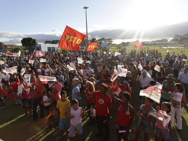 01-sp-protesto-pinheirinho-fut-gabrielabilo