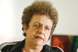 Violência contra mulheres brasileiras transpõe fronteiras, diz ministra