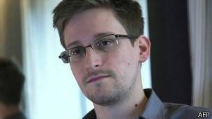 snowden guardian 304x171 afp