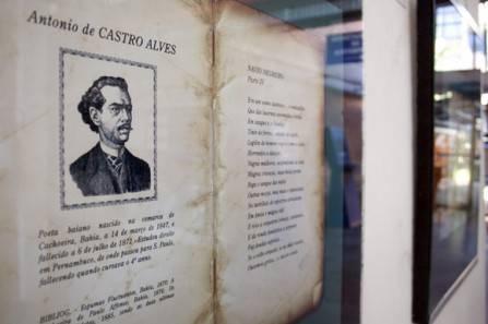 Exposição no Museu Regional do Livro aborda cultura afro-brasileira