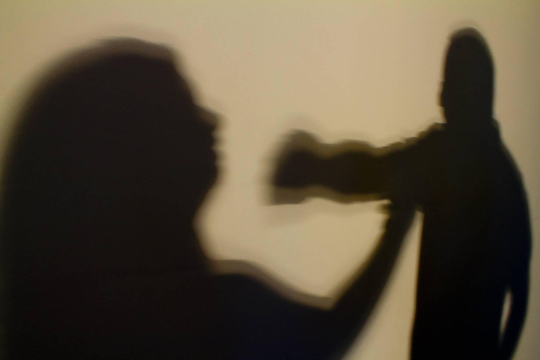 Violência contra mulheres afeta saúde de crianças em curto e longo prazo