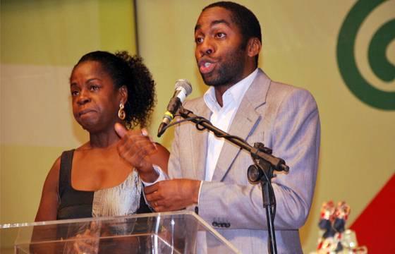 Novela que retratou as tradições de matriz africana recebe prêmio nos EUA