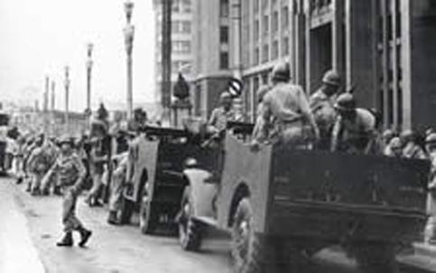 Marcha dos insensatos: general propõe golpe militar
