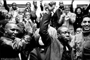 Imigrantes africanos trabalham como escravos na Itália