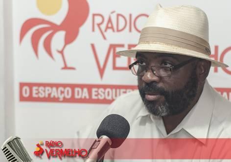 """""""Luta contra racismo é necessariamente luta de classe"""", diz Edson"""