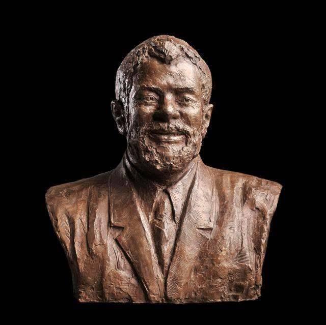 Lula ganha estátua em Bronze ao lado da Casa Branca