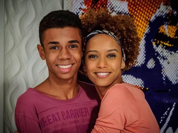 Taís Araújo diz que está treinando para ser mãe de adolescente