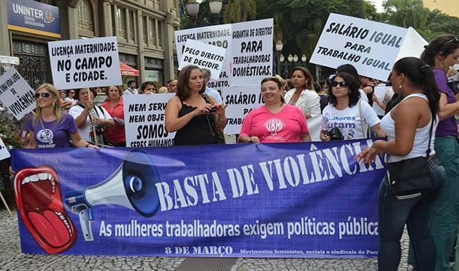 Denúncia de violência contra mulheres aumenta 40%