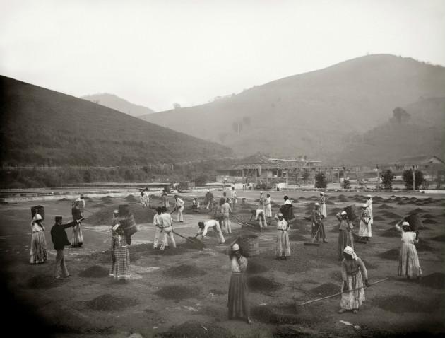 Mostra traz registros fotográficos da dinâmica da escravidão no Brasil