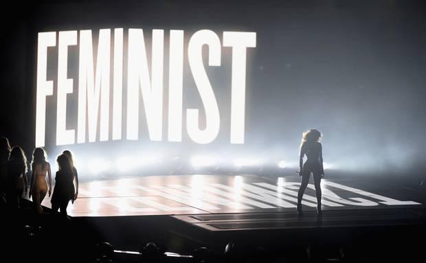 Beyoncé exalta feminismo no VMA