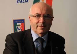 Racismo: Milhares assinam petição para afastar Tavecchio da corrida à federação italiana