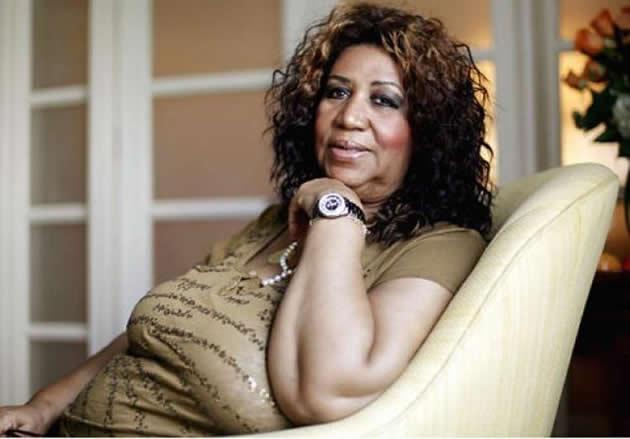 Aretha Franklin regrava Adele