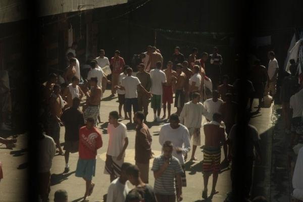 Documentário brasileiro Sem Pena discute a questão das prisões nacionais