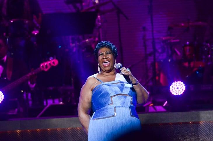 Aretha Franklin divulga versão para o clássico 'I Will Survive'; ouça