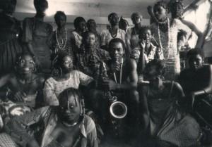 Com a morte no bolso: notas biográficas de Fela Kuti