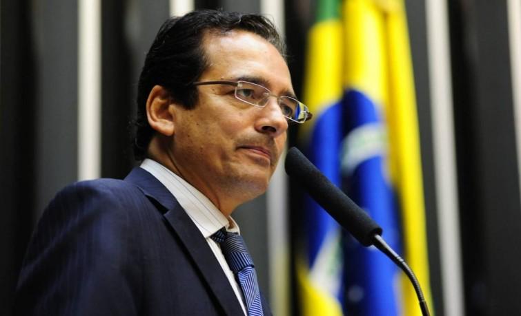 """""""A minha luta contra corrupção se encerra"""", diz Protógenes Queiroz"""