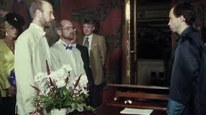 Casal gay dinamarquês celebra 25 anos de união no 1º país a aprovar medida