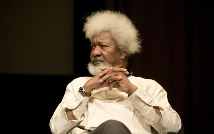 wole soyinka2b 690x432 5 Escritores africanos que você precisa conhecer